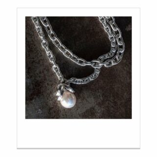 Just drooling over this lovely from @koltonbabychfinejewelry, in case you need me for anything. #madeinvancouver #vancouverjewelry #finejewelry #pearlnecklace
